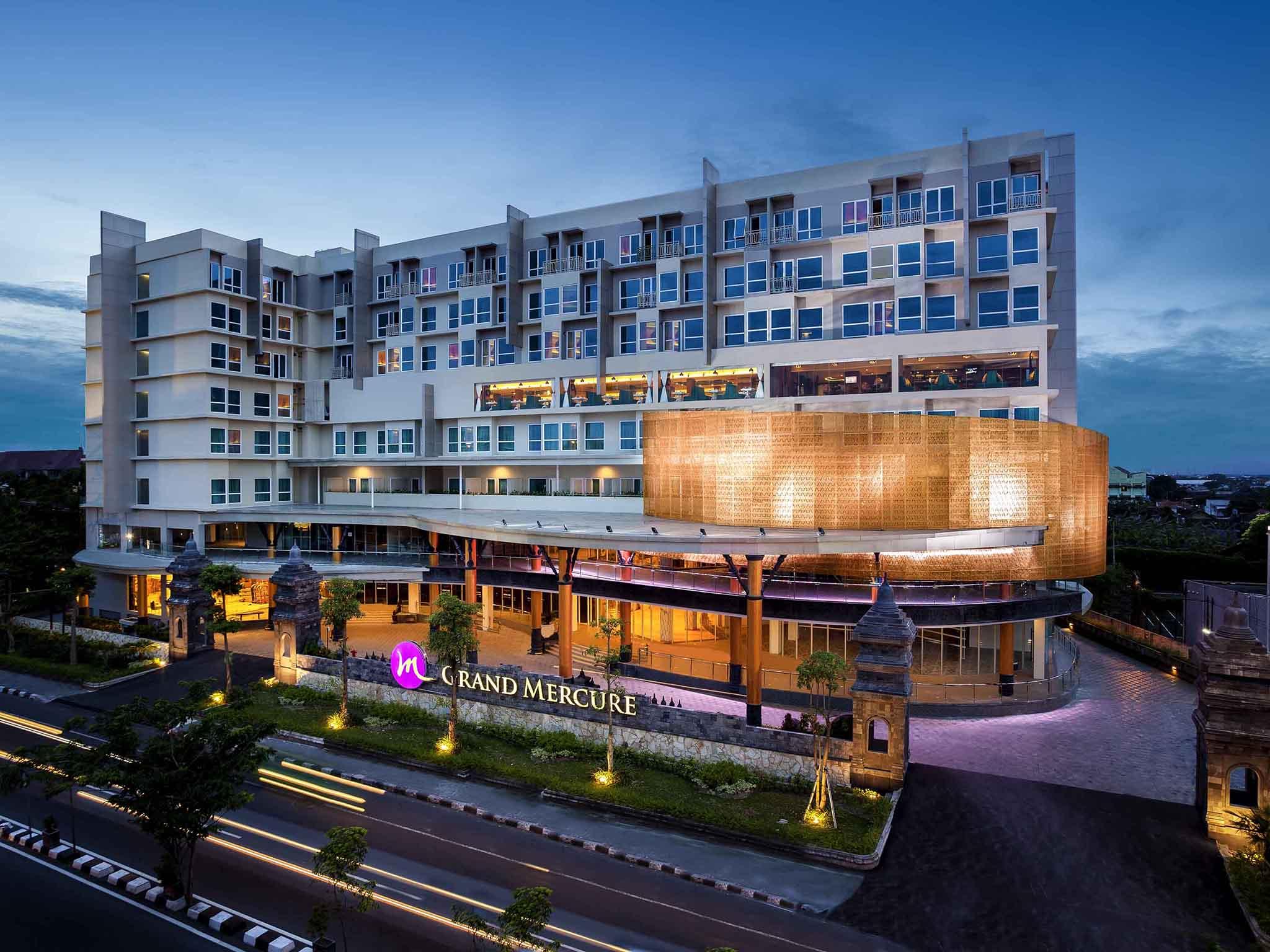โรงแรม – Grand Mercure Yogyakarta Adi Sucipto
