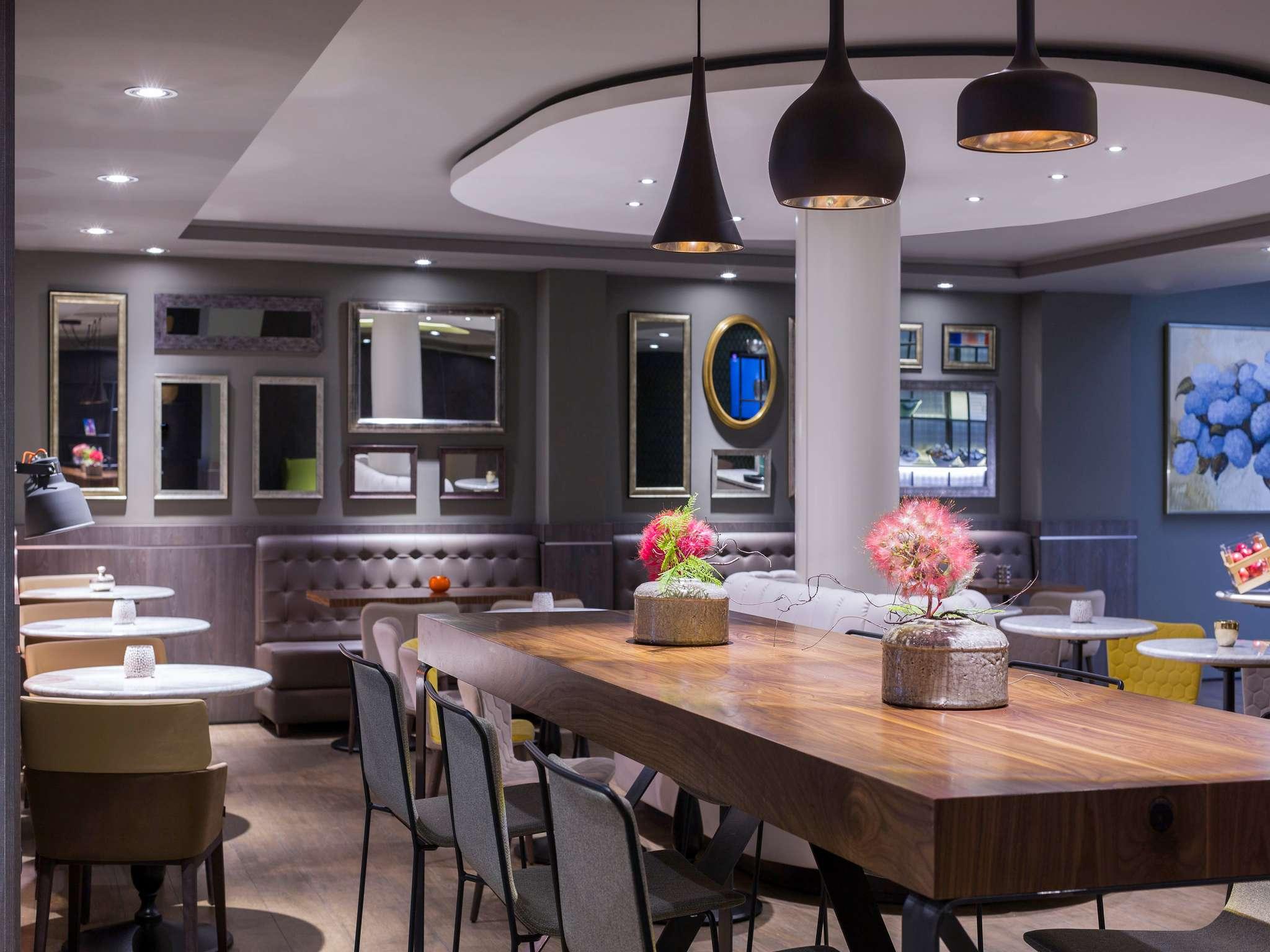 โรงแรม – Mercure Madrid Centro