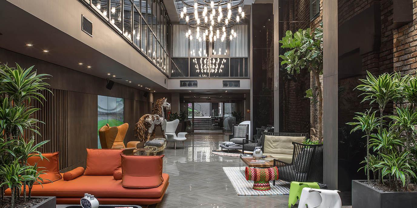 Hotel riga pullman riga old town for Riga design hotel