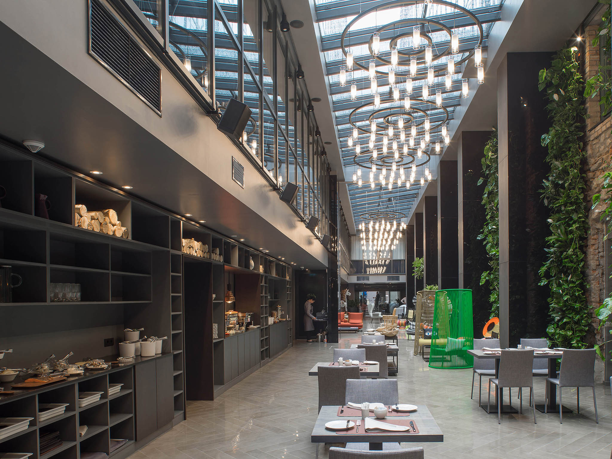 Hotel – Pullman Riga Old Town