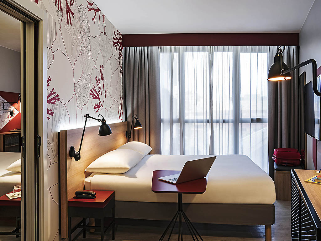 H tel barcelone ibis styles barcelona city bogatell for 2 chambres communicantes