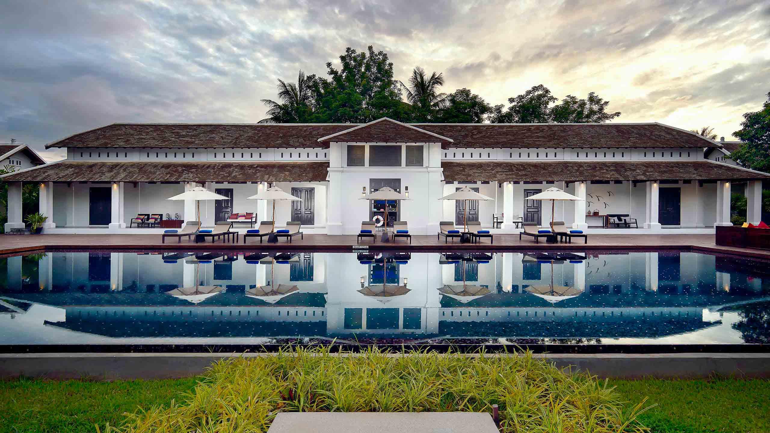 Hotel de luxe luang prabang sofitel luang prabang for Villa du jardin sofitel sentosa