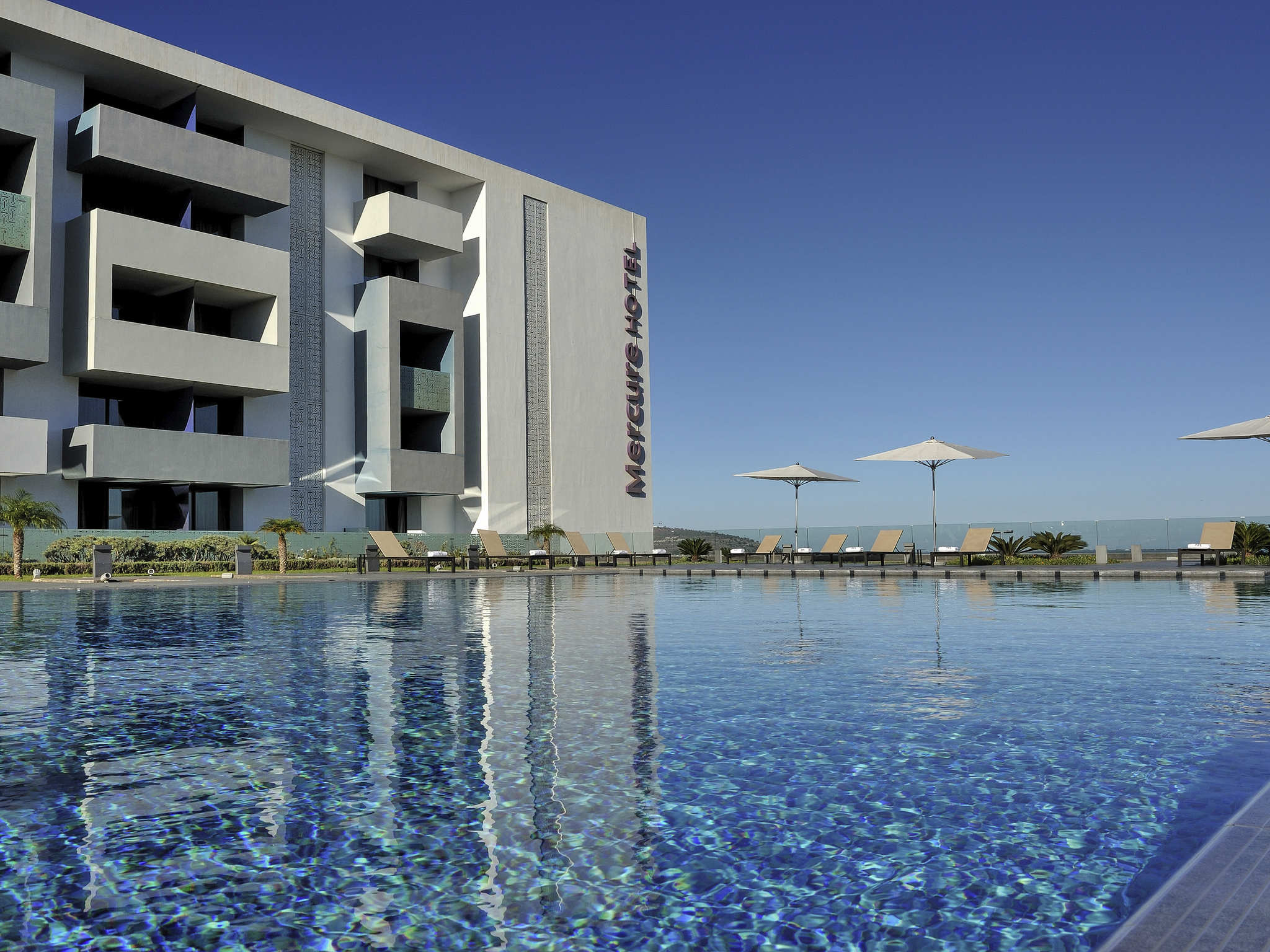Отель — Hôtel Mercure Rif Nador