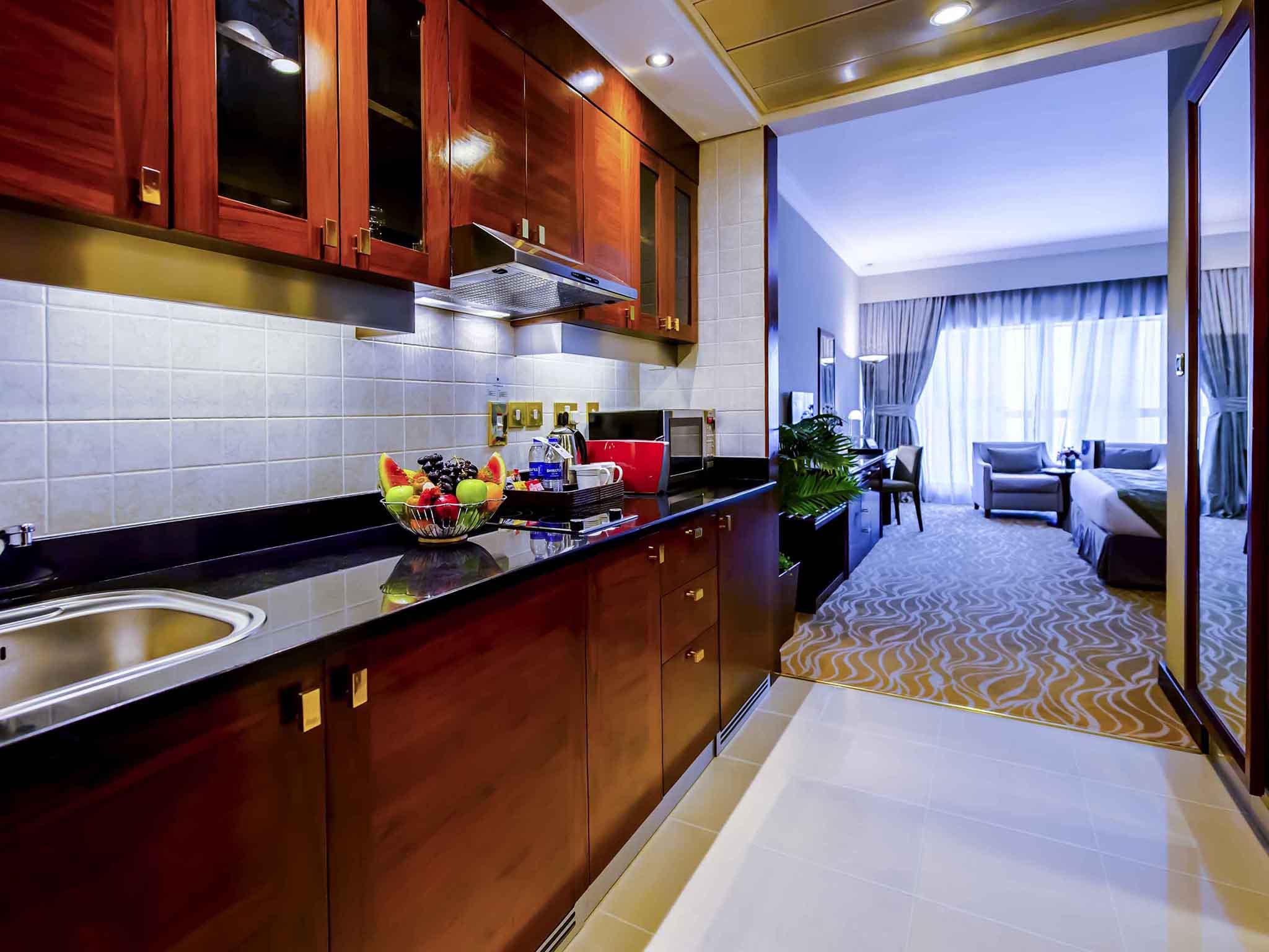 ... Hotel   Majlis Grand Mercure Residence Abu Dhabi ...