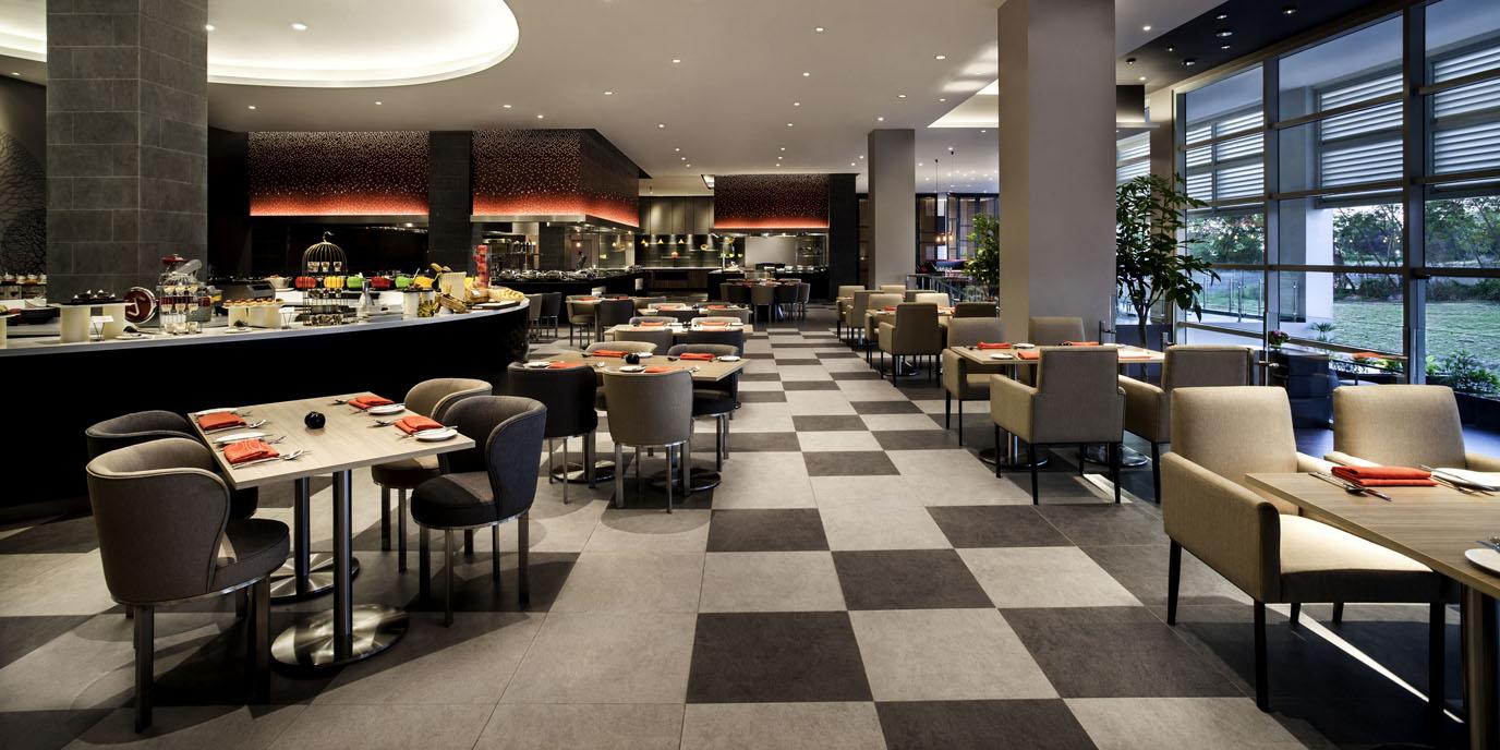 Restaurants bars vinoteca pullman miri waterfront for X cuisine miri