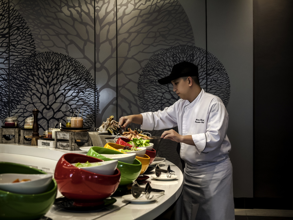 Exclusive services pullman miri waterfront for X cuisine miri
