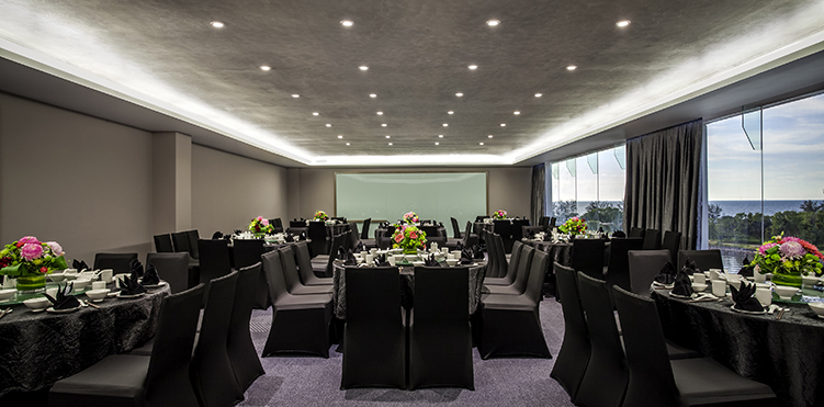 Private events pullman miri waterfront with our professional team wedding receptions banquet dinners and solemnisations can be arranged in either the pool terrace or one of the ballrooms junglespirit Gallery