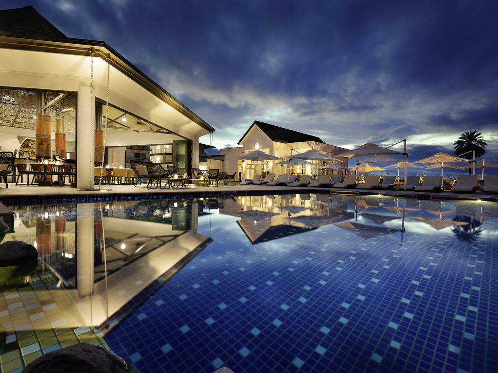 Pullman Nadi Bay Resort & Spa Fiji - Beachfront Hotel