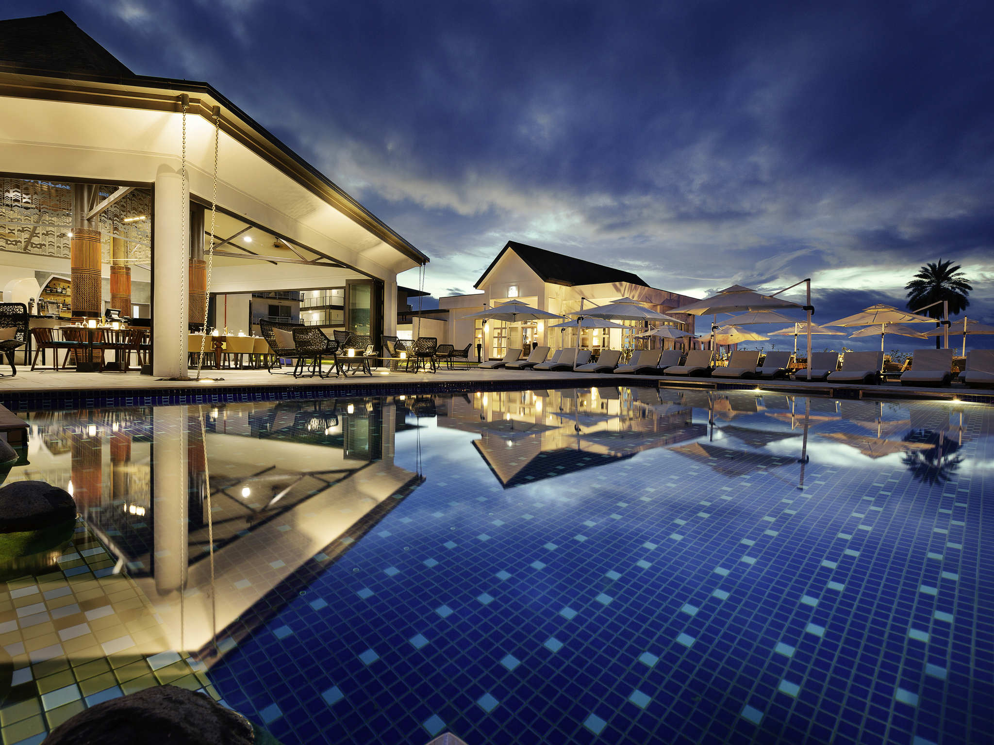 Hotel – Pullman Nadi Bay Resort and Spa Fiji