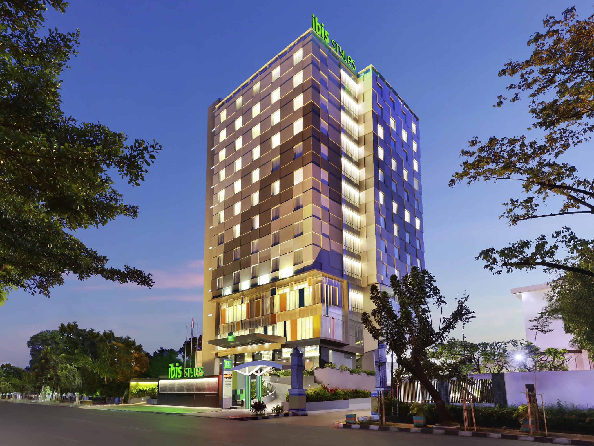 Hotel – ibis Styles Makassar Sam Ratulangi