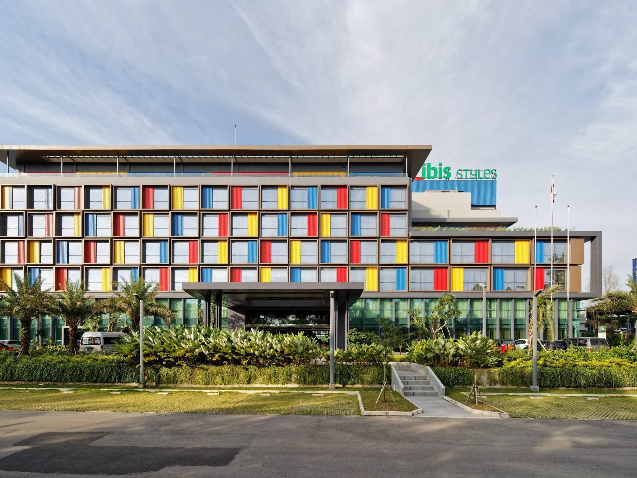 โรงแรม – ibis Styles Batam Nagoya