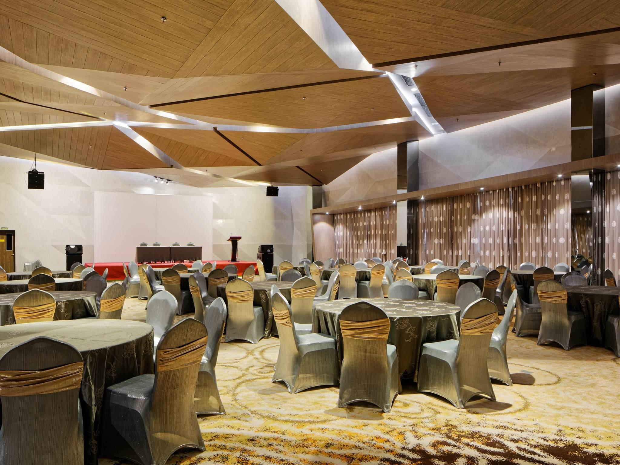 Hotel in Batam - ibis Styles Batam Nagoya - AccorHotels