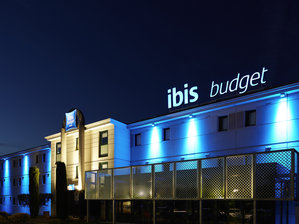 Hotel in terssac ibis budget albi terssac for Hotels ibis france
