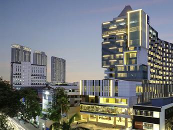 Hotel In Jakarta Novotel Jakarta Cikini All