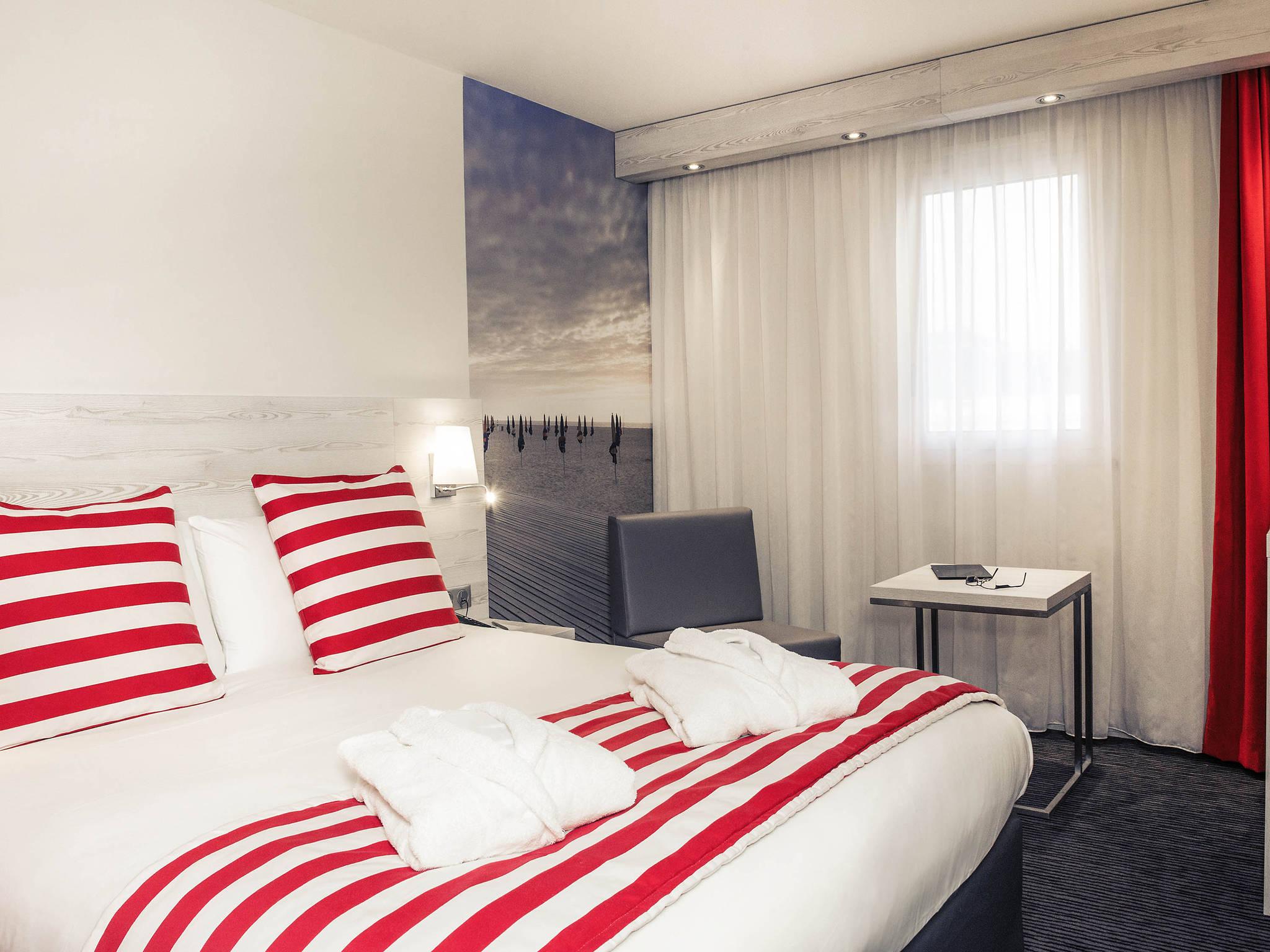Hotel In Trouville Sur Mer Mercure Trouville Sur Mer Hotel