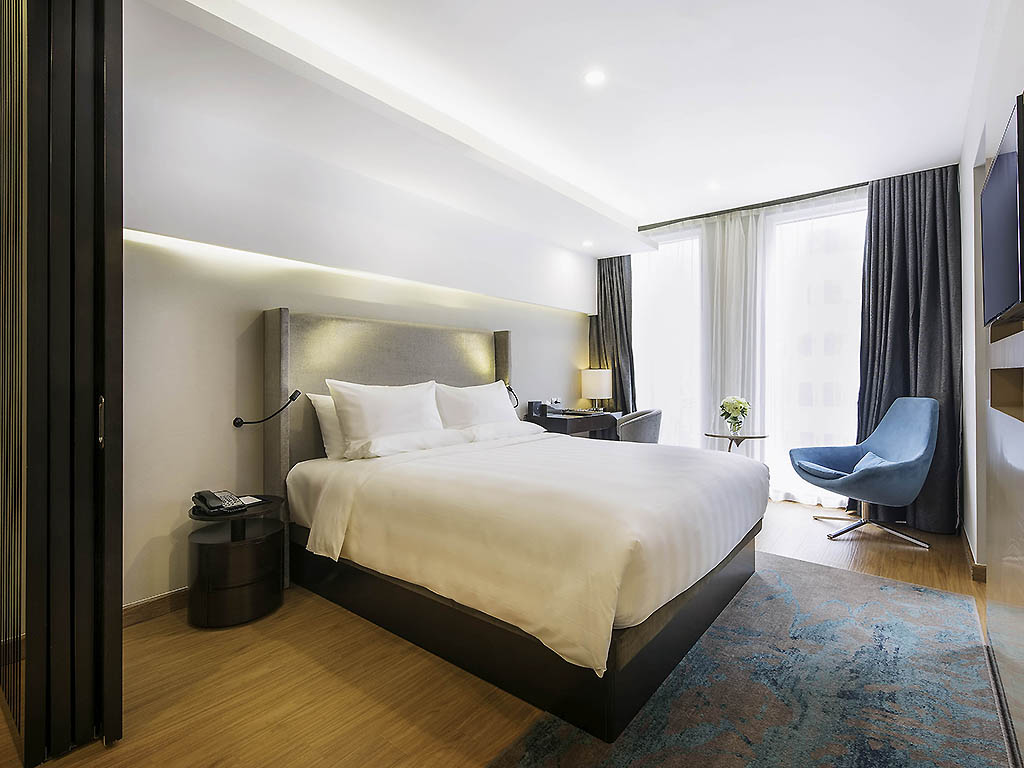 Hotel hanoi   novotel suites hanoi