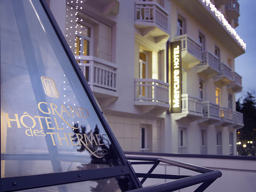 H tel mercure brides les bains grand hotel des thermes for Hotellesbains