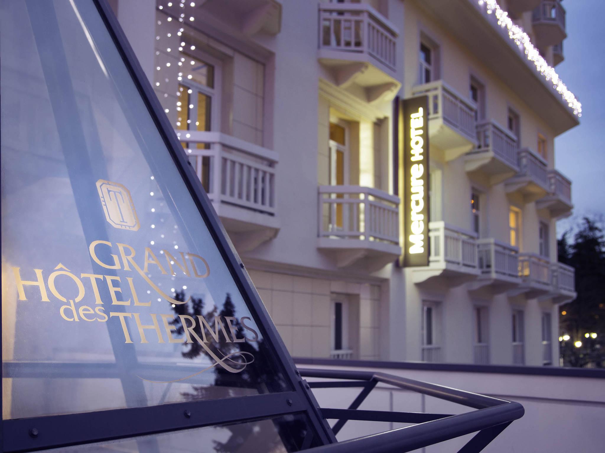 Отель — Hôtel Mercure Brides-les-Bains Grand Hôtel des Thermes