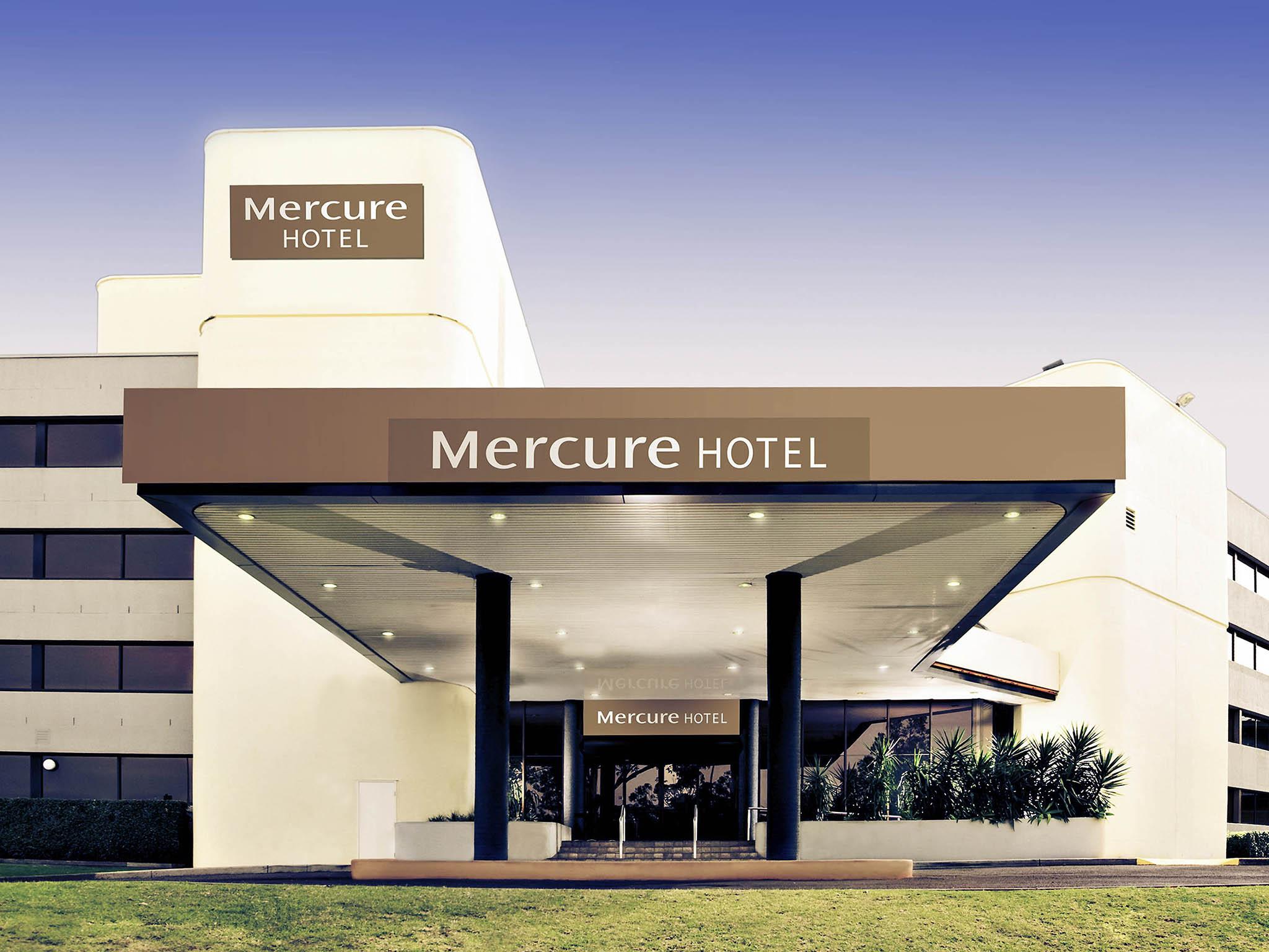 โรงแรม – Mercure Penrith