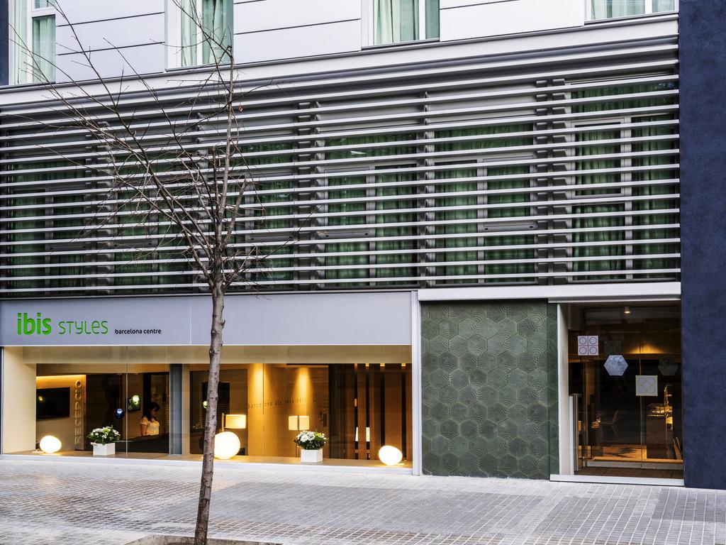 Hotel a barcellona ibis styles barcelona centre for Hotel barcellona 4 stelle