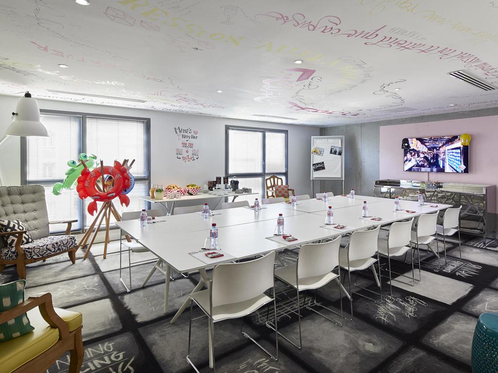 Hotel in lyon mama shelter lyon for Atelier cuisine lyon