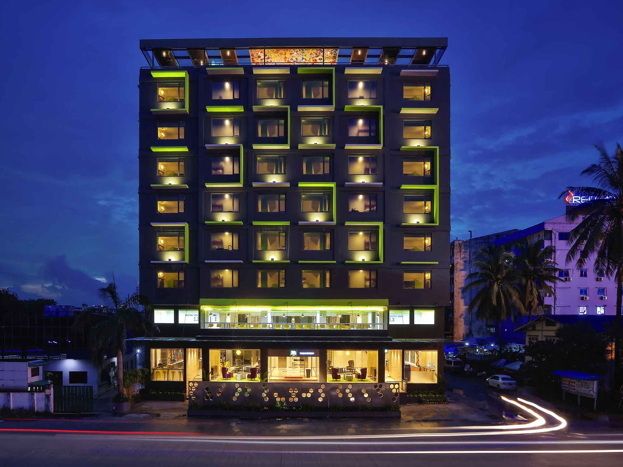 Отель — ibis Styles Yangon Stadium