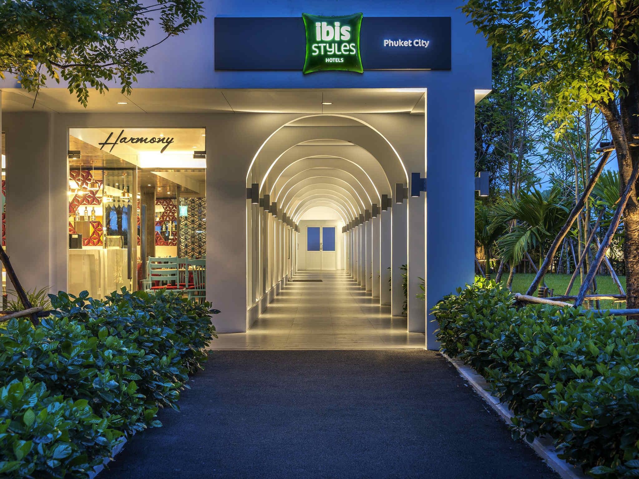 Hotell – ibis Styles Phuket City