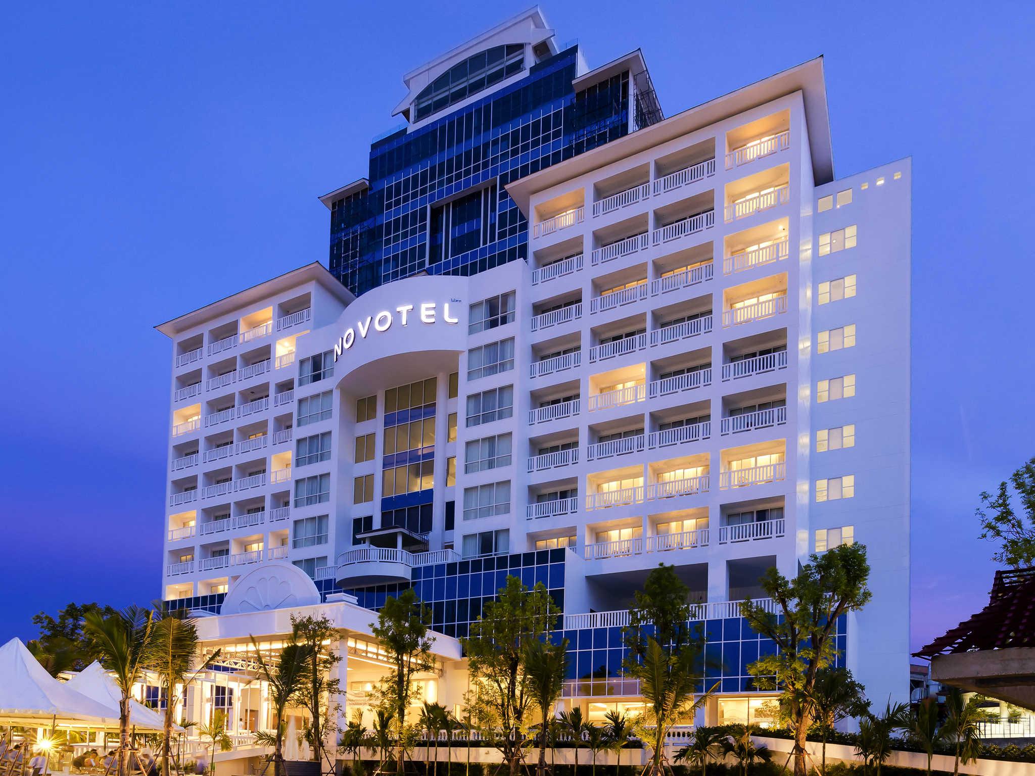 Hotel in Phuket Novotel Phuket Phokeethra