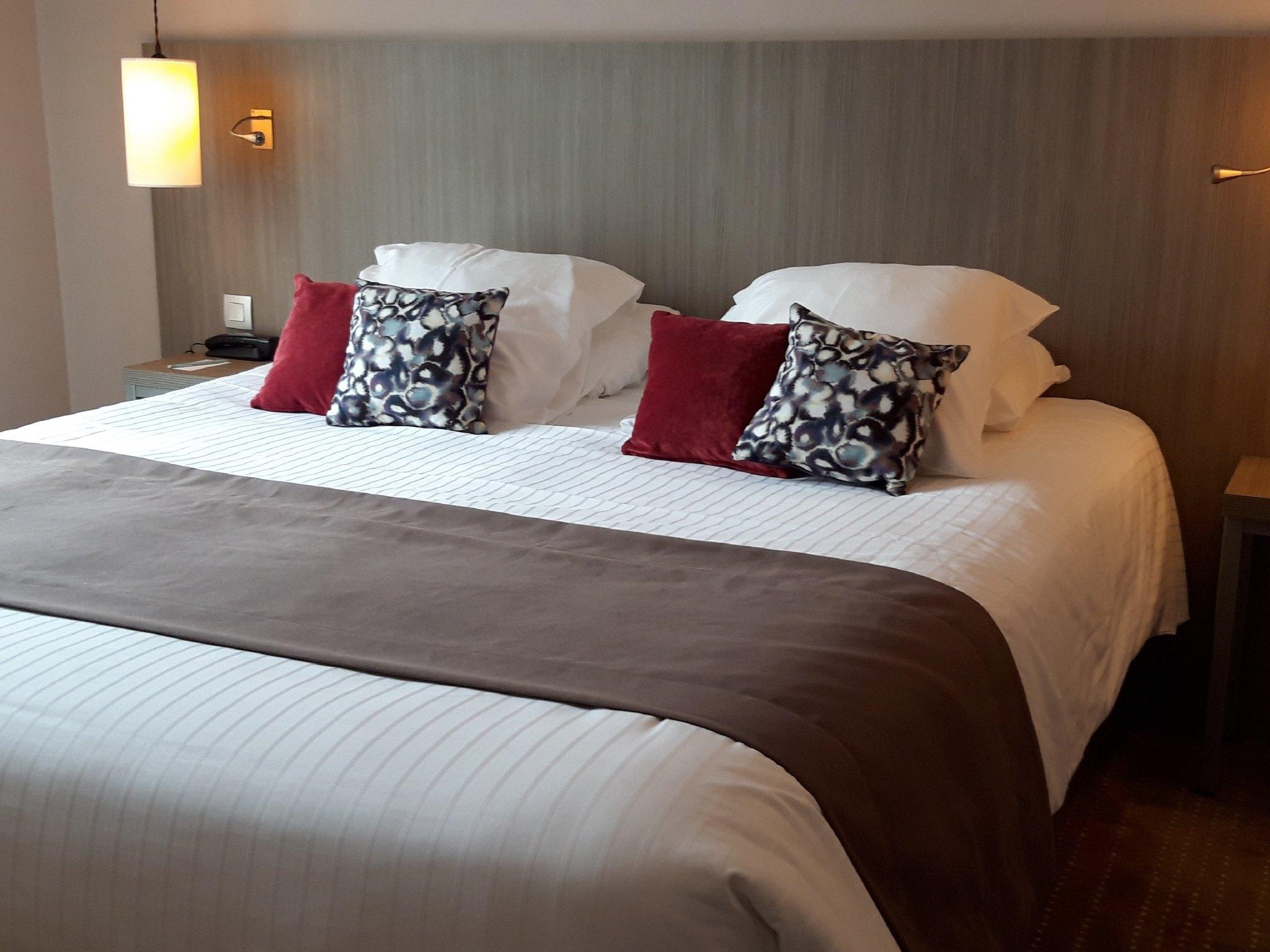 โรงแรม – Hôtel Mercure Dinan Port Le Jerzual