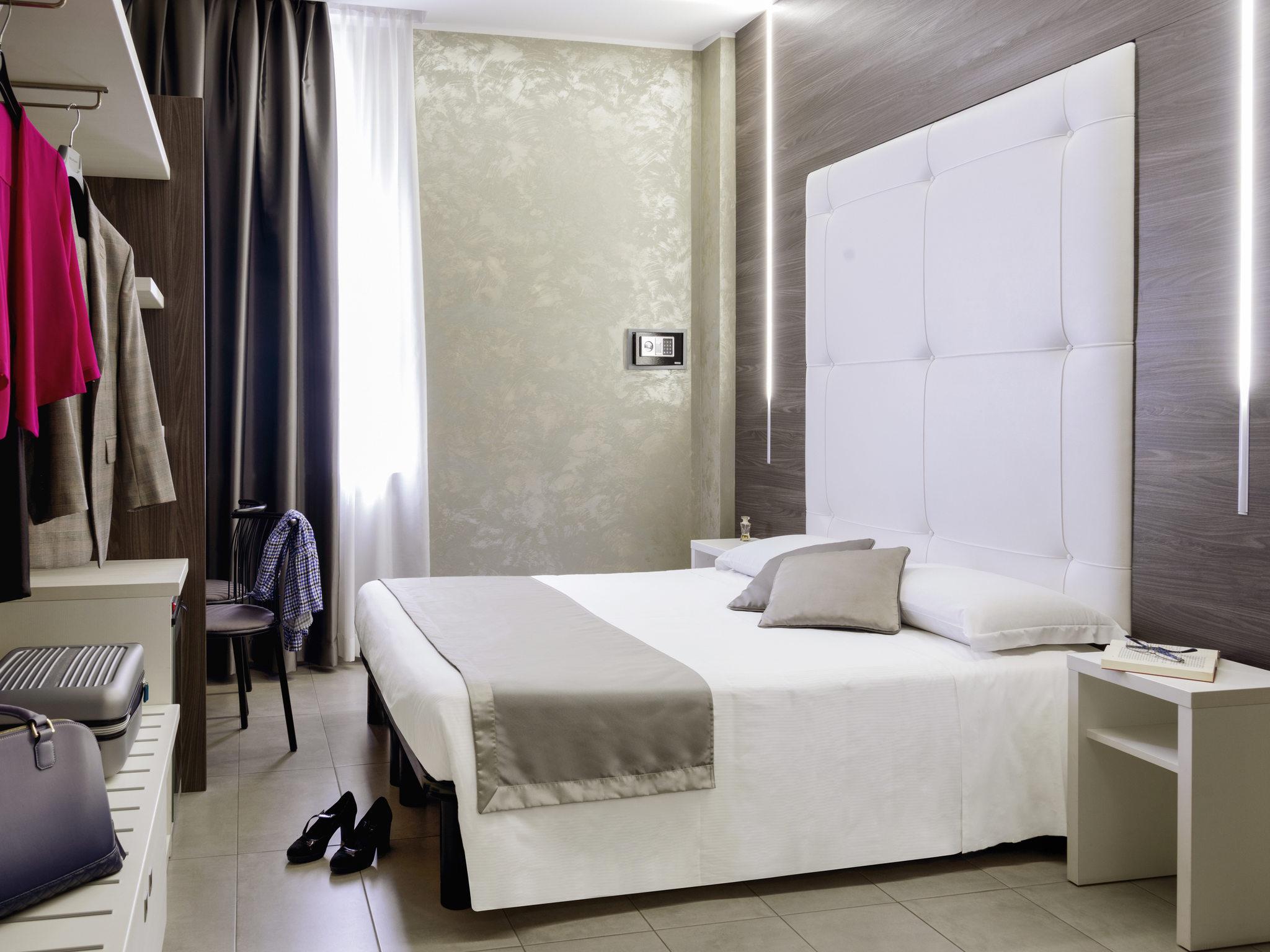 Hotel in milano ibis styles milano centro for Boutique hotel milano centro