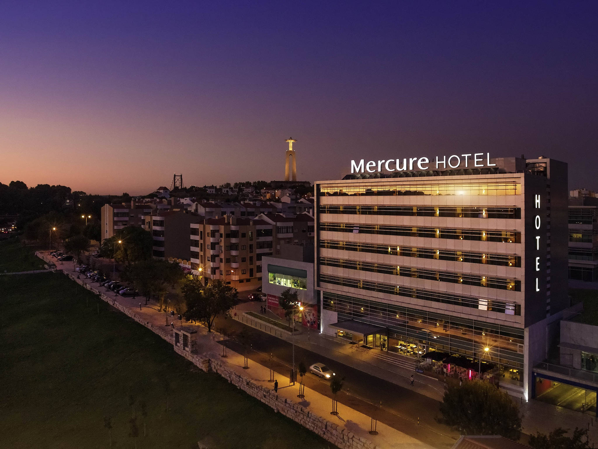 Otel – Mercure Lisboa Almada Hotel