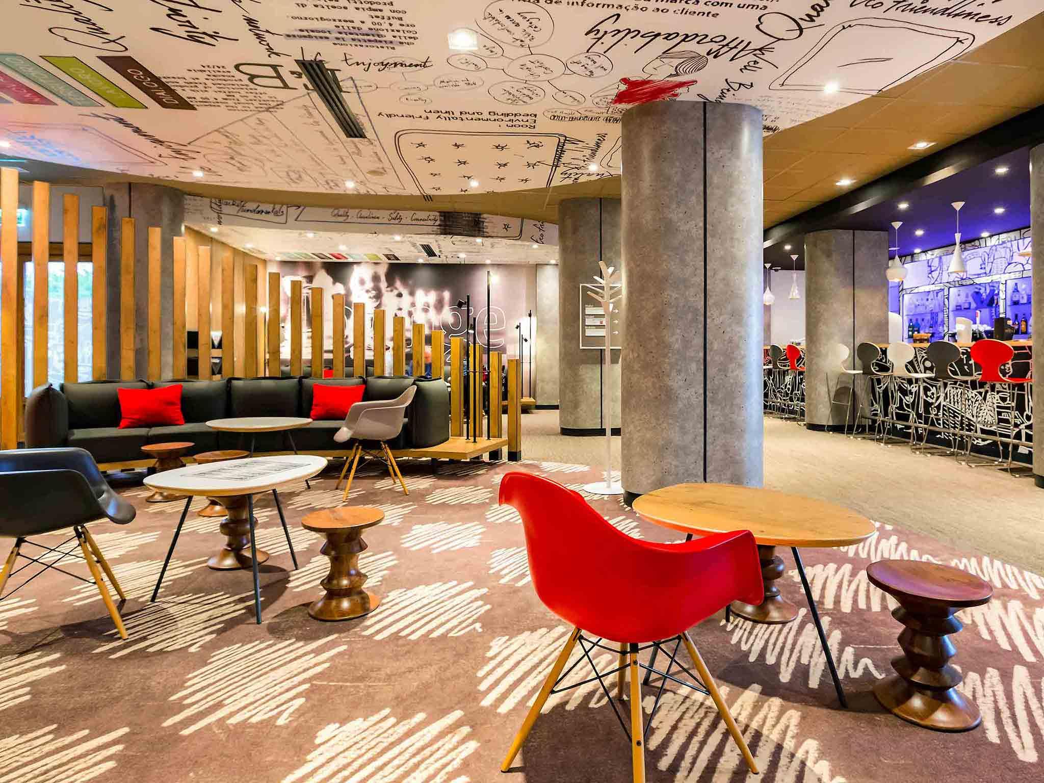 Hotell – ibis Wroclaw Centrum