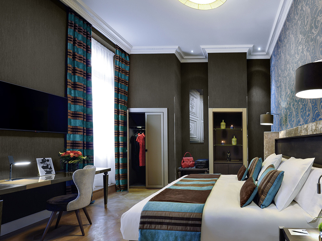 luxury hotel toulouse la cour des consuls h tel spa toulouse mgallery by sofitel. Black Bedroom Furniture Sets. Home Design Ideas