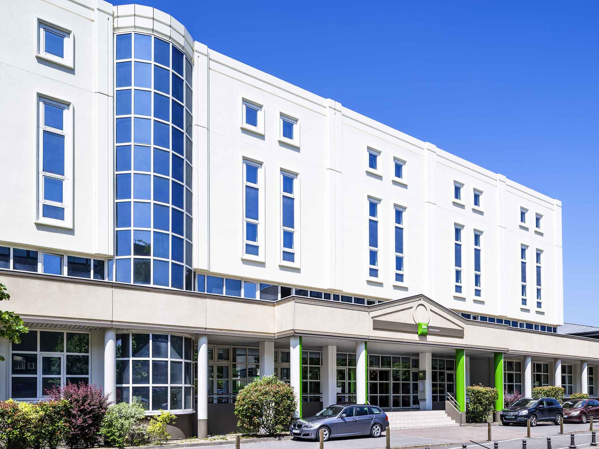 Hotel in antony ibis styles antony paris sud for Hotels orly sud