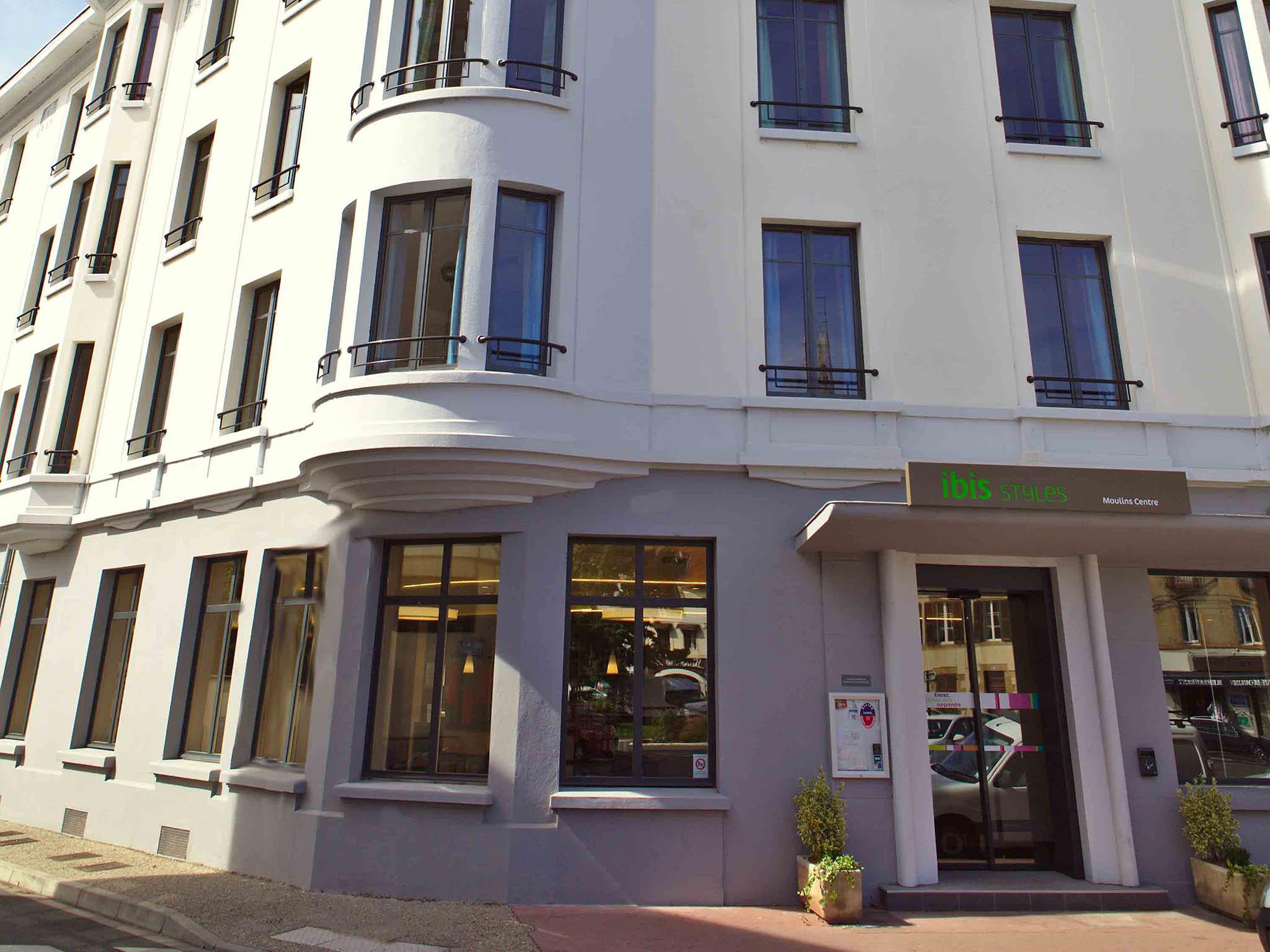 โรงแรม – ibis Styles Moulins Centre