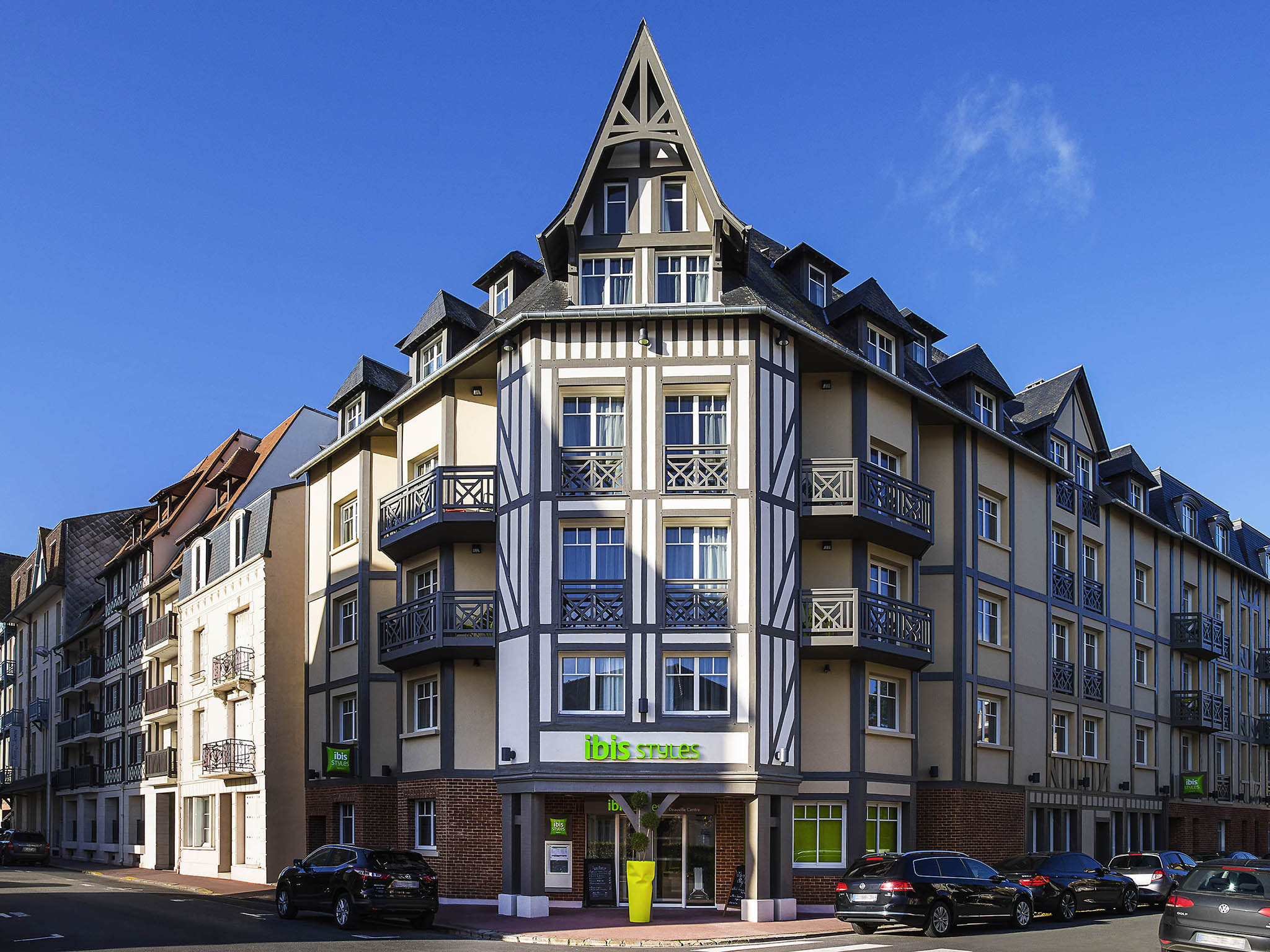 호텔 – ibis Styles Deauville Centre