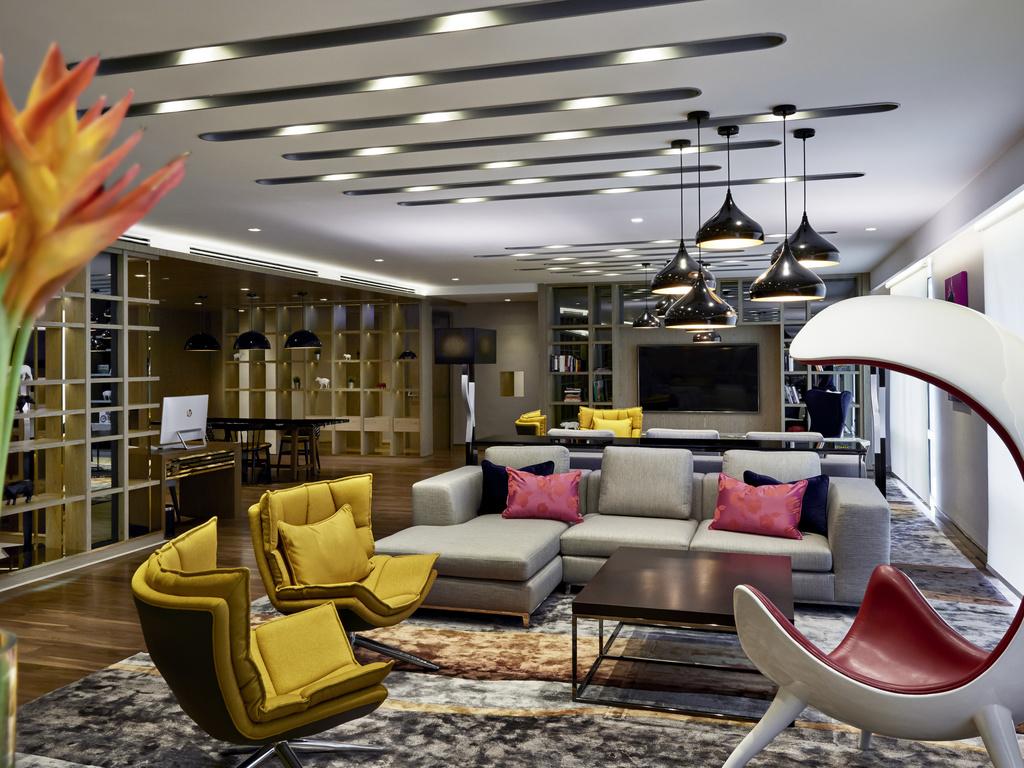 Hotel Pullman Kuala Lumpur City Centre Hotel And Residences
