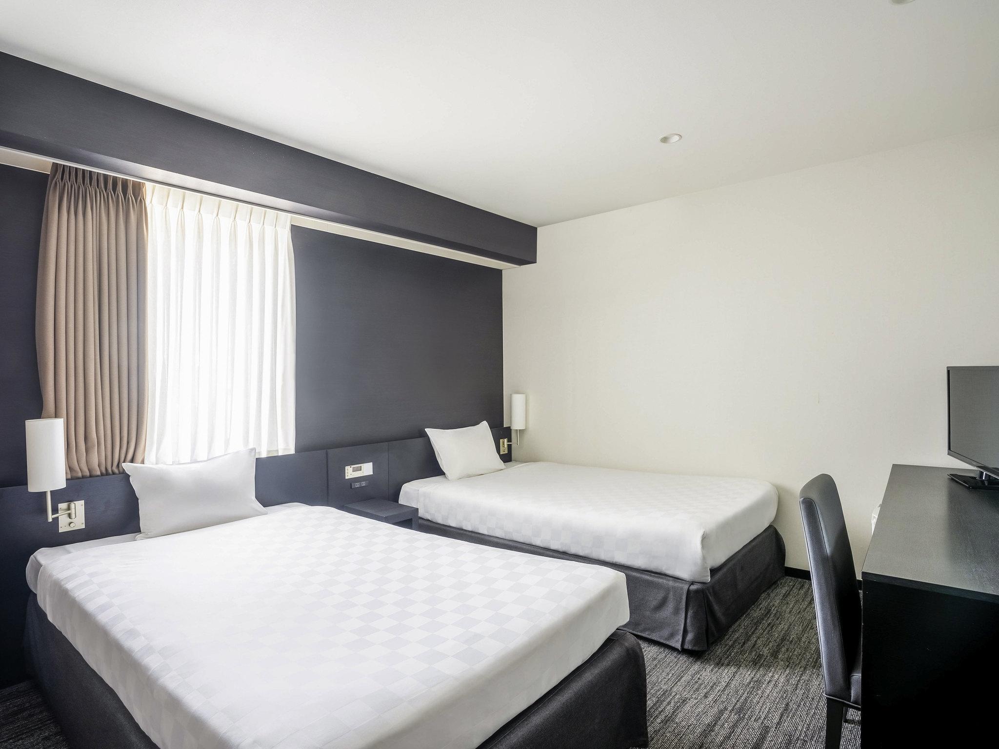 Hotel in osaka ibis styles osaka for Boutique hotel osaka
