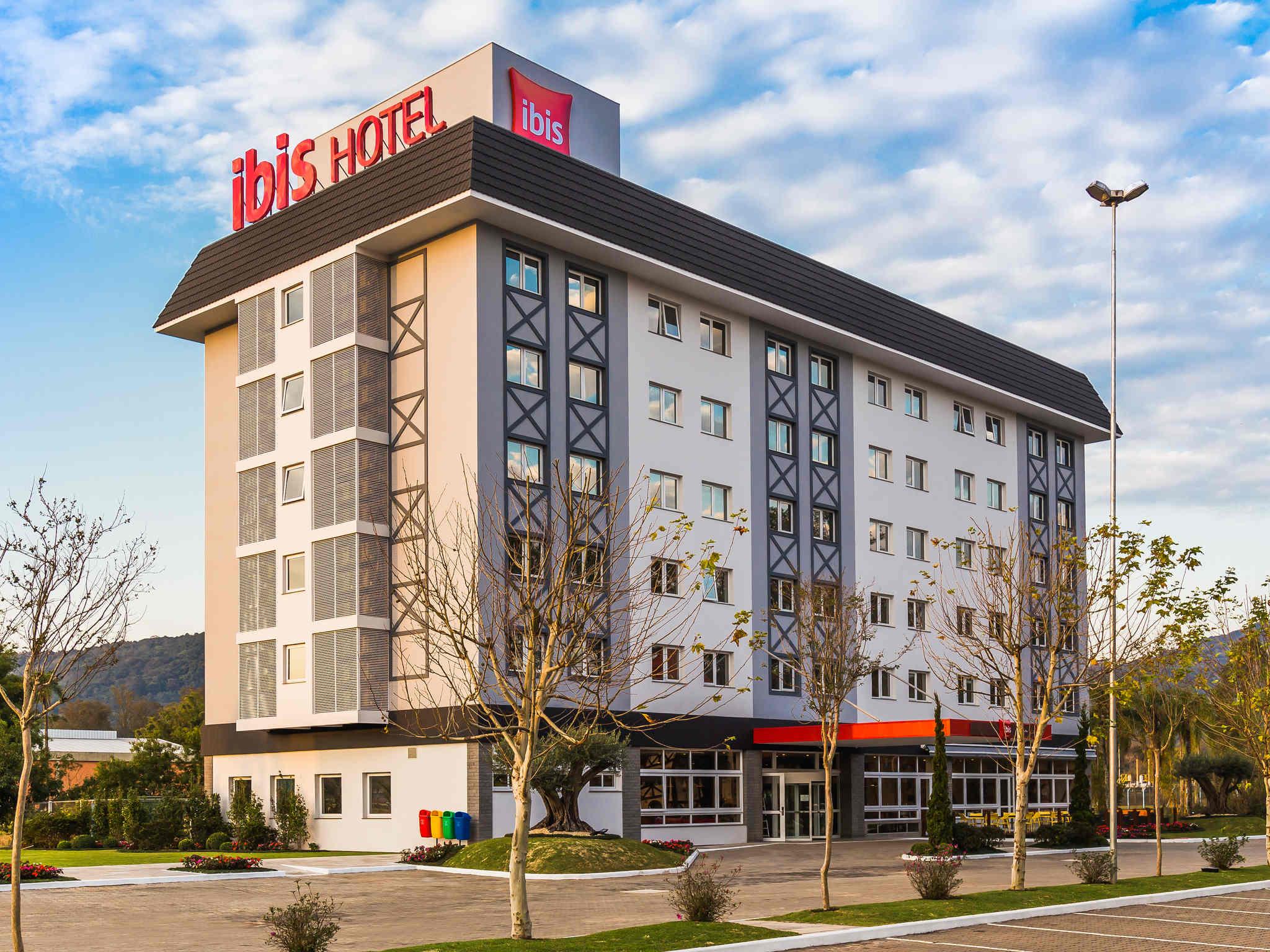 Отель — ibis Igrejinha