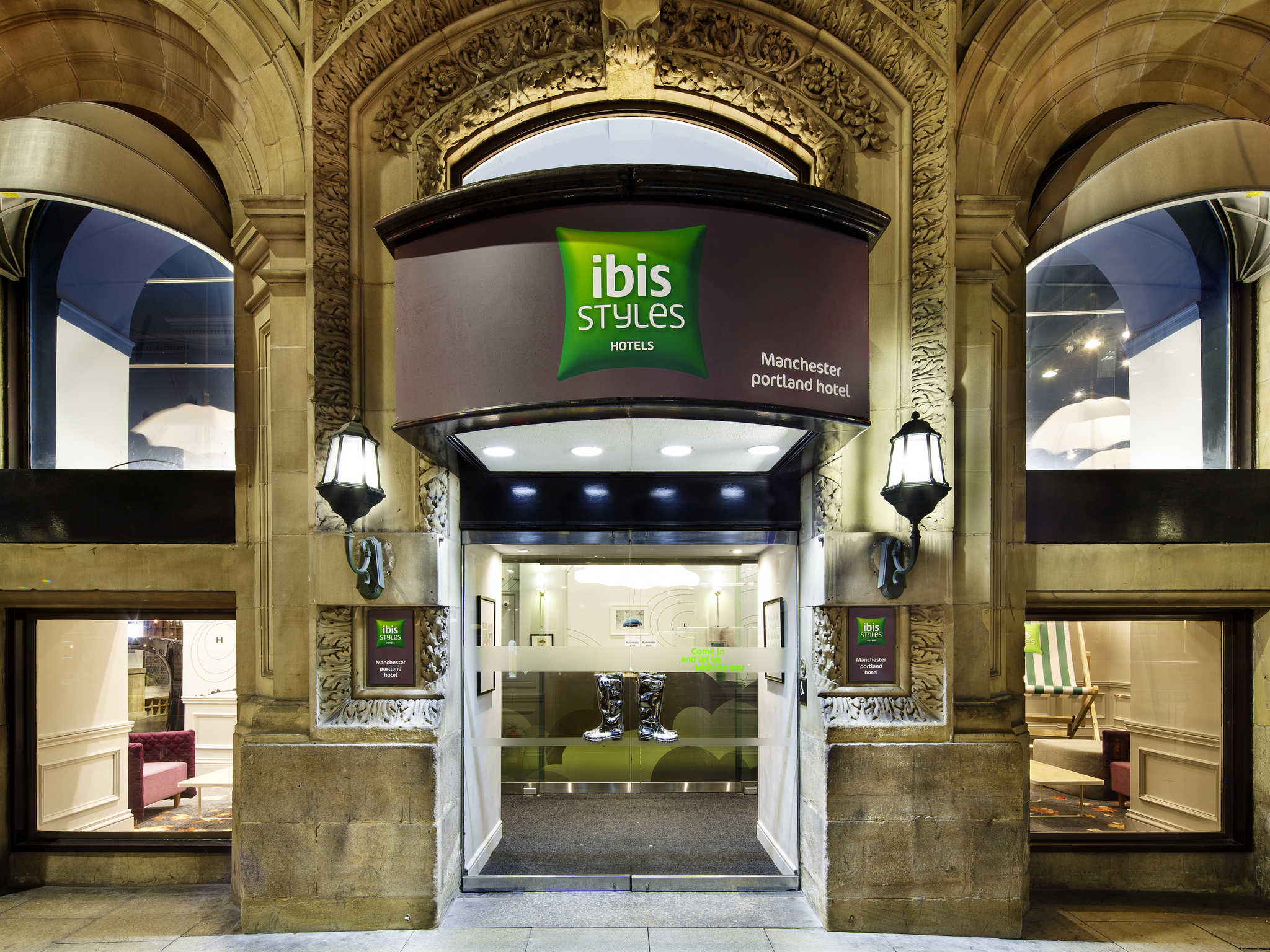 Hotel In Manchester Ibis Styles Manchester Portland