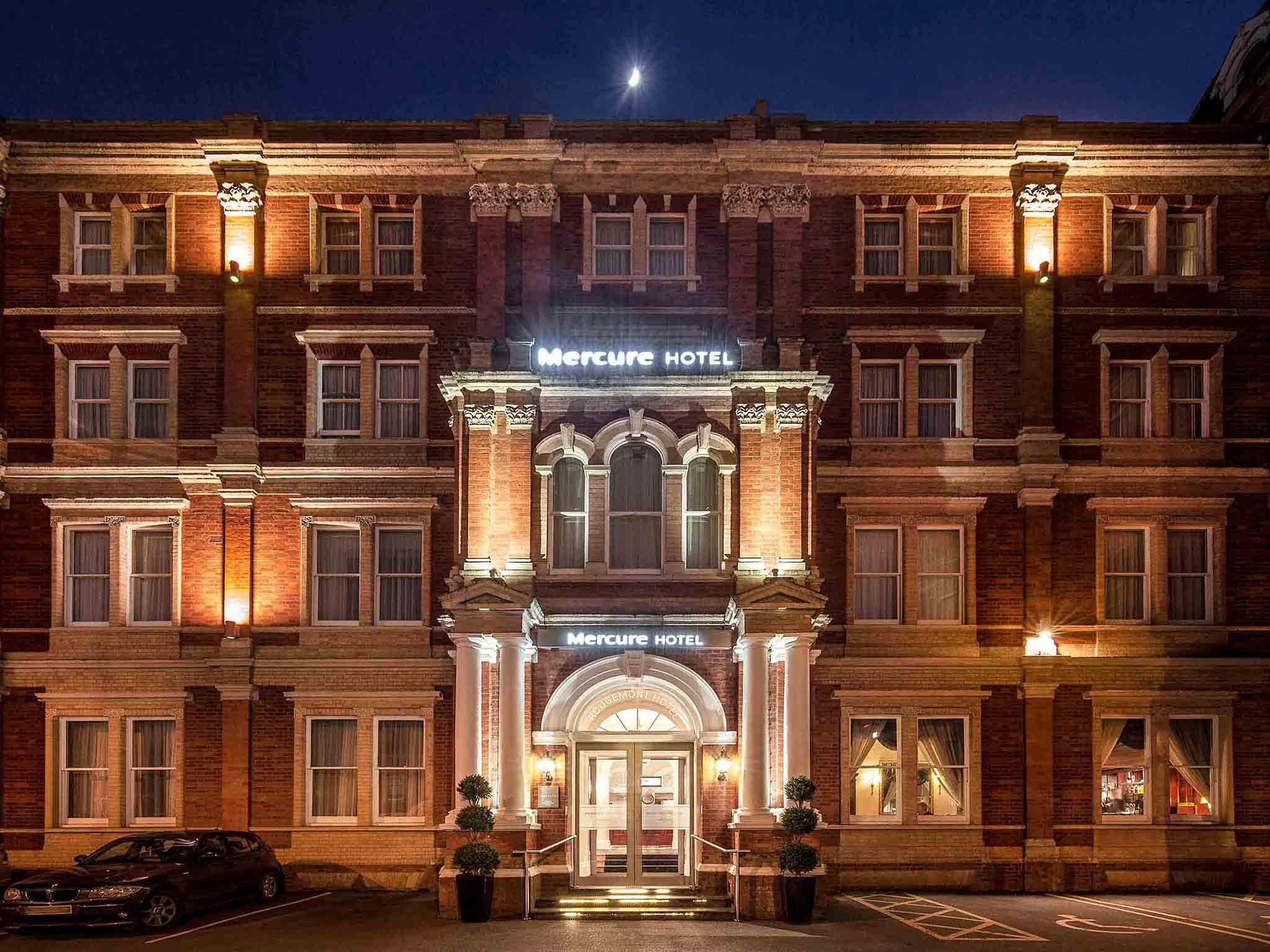 Mercure Exeter Rougemont Hotel Parking