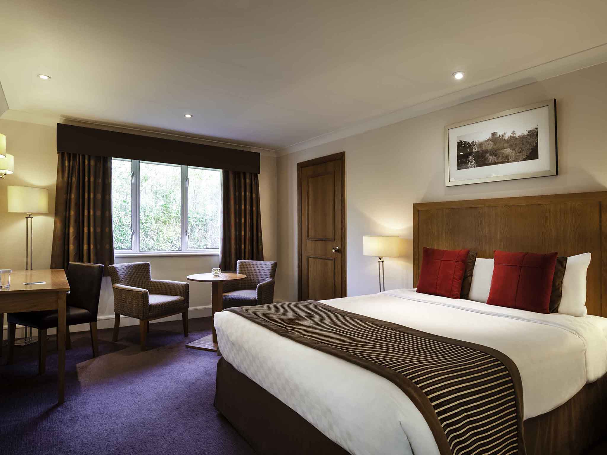 mercure st albans noke hotel hotel in st albans. Black Bedroom Furniture Sets. Home Design Ideas