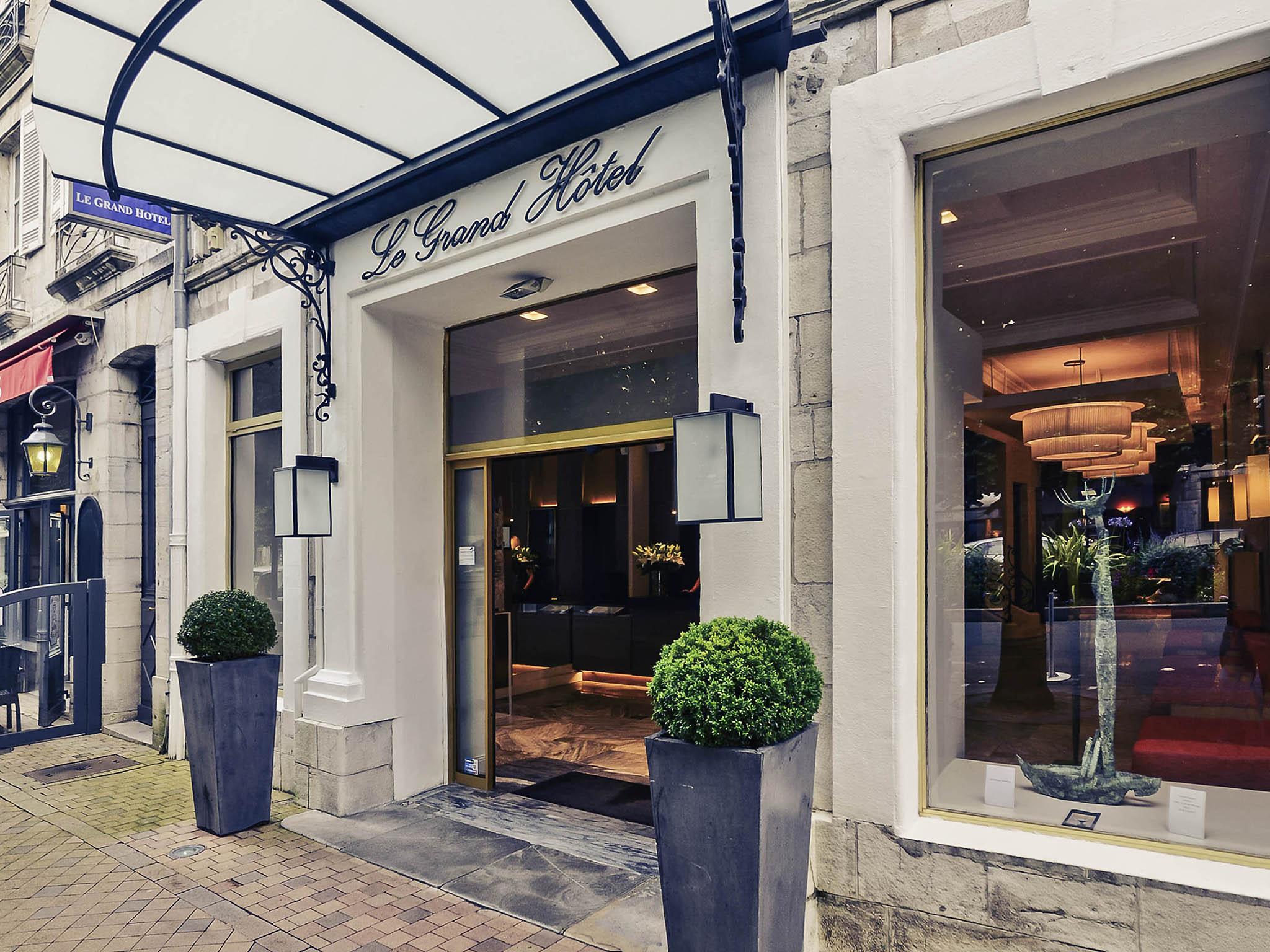 Отель — Hôtel Mercure Bayonne Centre Le Grand Hôtel