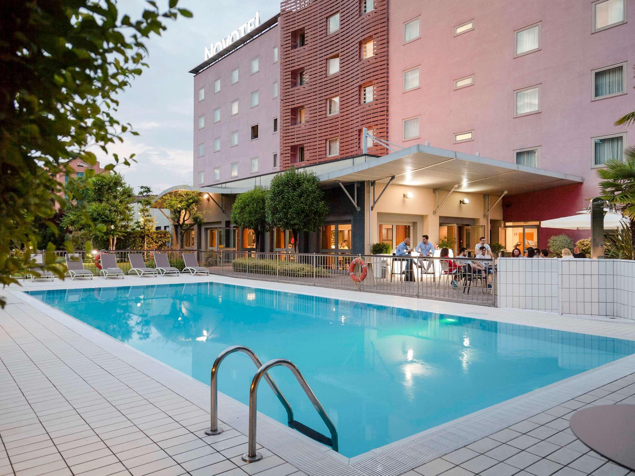 فندق - Novotel Brescia 2