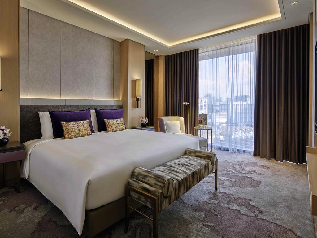 Luxury hotel singapore sofitel singapore city centre for Design hotel singapore