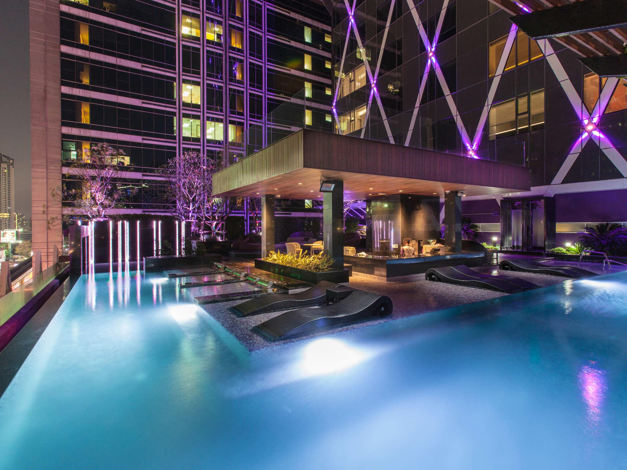 Hotel in bangkok mode sathorn hotel bangkok for Hotel bangkok