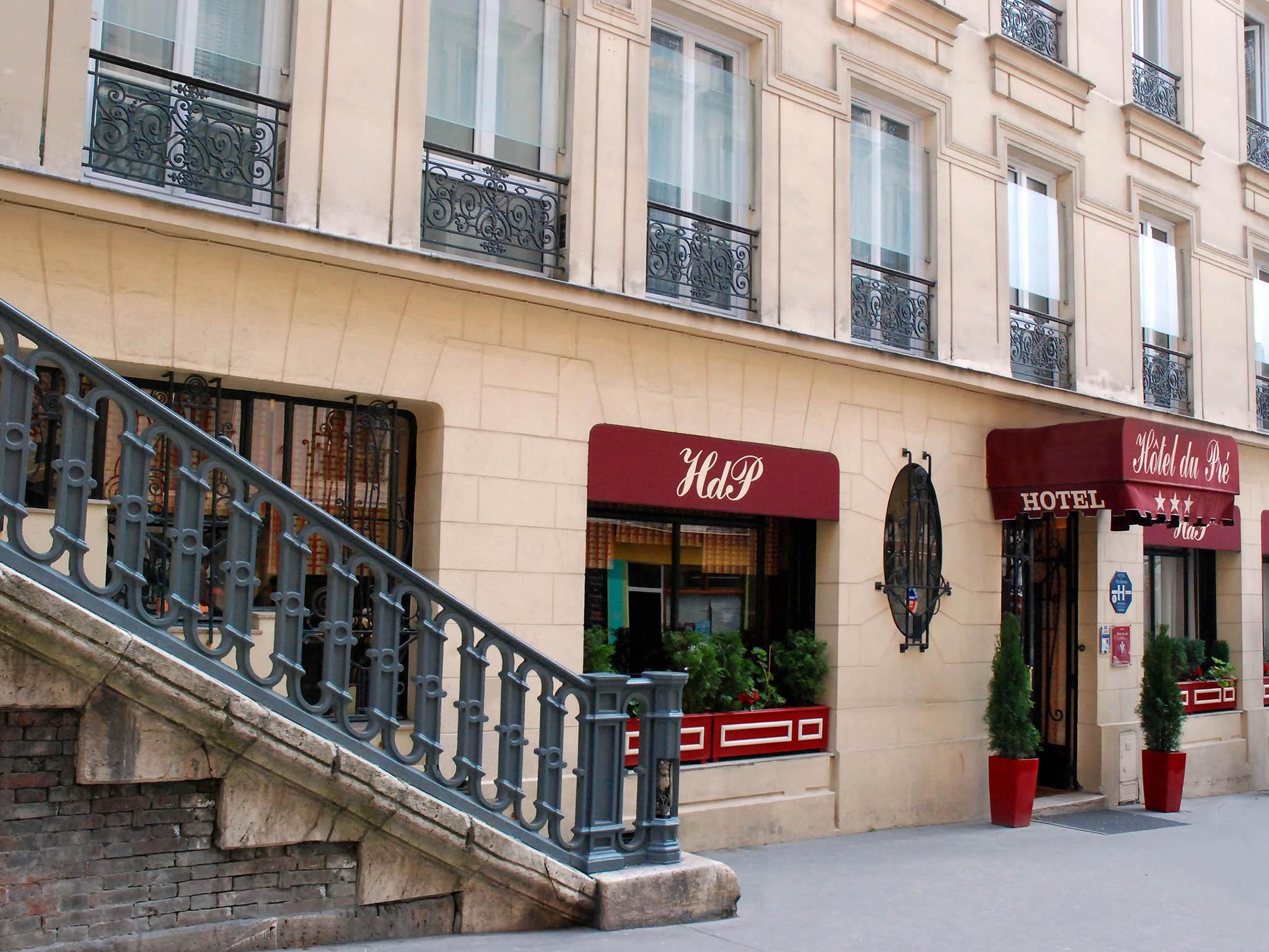 hotel in paris hotel du pre. Black Bedroom Furniture Sets. Home Design Ideas
