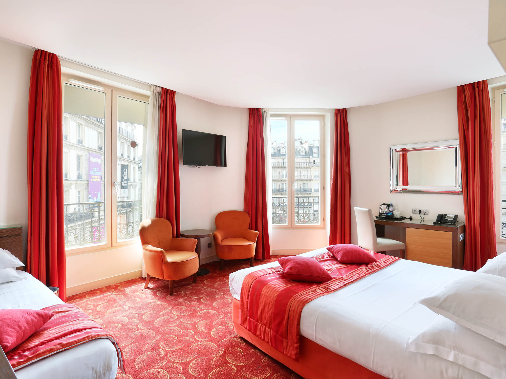 hotel in paris le grand hotel de normandie. Black Bedroom Furniture Sets. Home Design Ideas