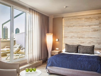 Salles Hotel Pere IV