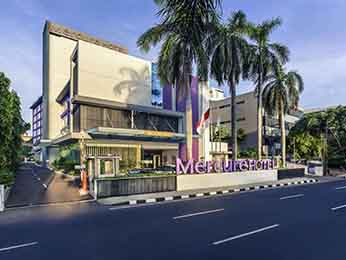 Ms Lisa Sanjoyo General Manager Of Mercure Jakarta Cikini Would Like To Welcome You And Wishes A Pleasant Stay In Our Modern Design Rooms